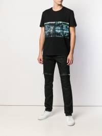 Just Cavalli - футболка с графичным принтом GC6505N0666393863639