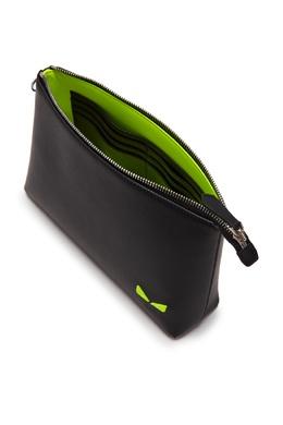 Черный кожаный клатч-конверт на молнии Fendi 1632135179