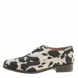 Boutique Moschino Black/Grey Cow Print Suede Lace Up Oxfords Size 38 143590