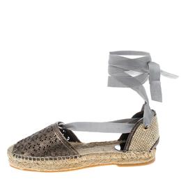 Oscar De La Renta Metallic Anthracite Laser Cut Leather Adriana Espadrille Flat Sandals Size 40 151888