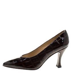Stuart Weitzman Brown Patent Croc Embossed Leather Pumps Size 38.5 129899