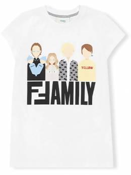 Fendi Kids футболка с принтом 'Family' JFI1587AJ