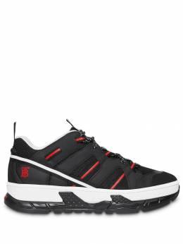 Burberry кроссовки с сетчатыми вставками и монограммой 8017131
