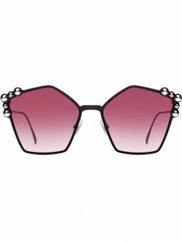 Fendi Eyewear - массивные солнцезащитные очки 069S9569563500000000