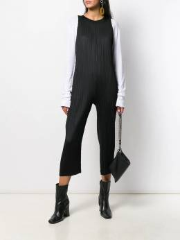 Pleats Please By Issey Miyake - sleeveless cropped jumpsuit 8JI96695509509000000