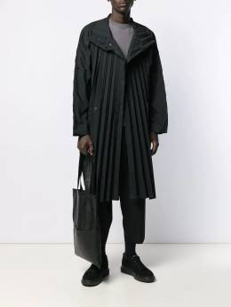 Homme Plissé Issey Miyake - lightweight coat 8FA69695500535000000