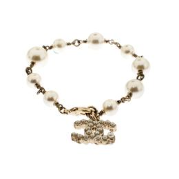 Chanel CC Faux Pearl Gold Tone Bead Charm Bracelet 220569