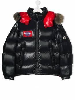 Moncler Kids - пуховик с вышитым логотипом 56056895695588965000