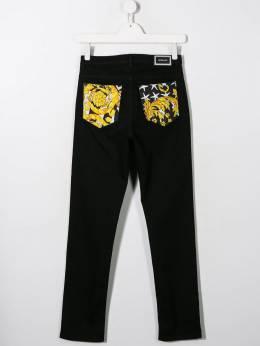 Young Versace - джинсы с принтом 66666YA6668095559599