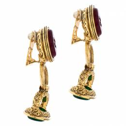 Chanel Gold Tone Red and Green Gripoix Stone Clip-on Earrings 245290