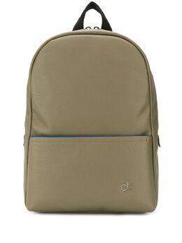 Calvin Klein рюкзак с тисненым логотипом K50K504814