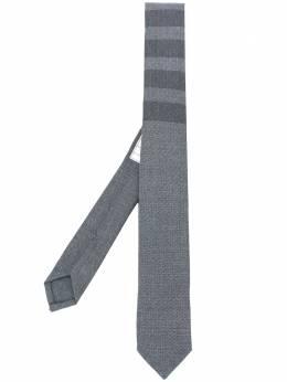Thom Browne классический галстук с 4 полосками MNL001A04346